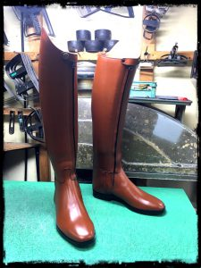 longboots-front fastener-brown