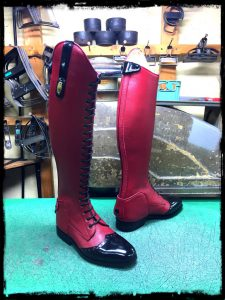 longboots-lace-up red-black